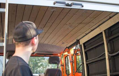 wohnmobil-innenverkleidung-düdo-transporter-camper-mini-van-decke-seitenwände-mercedes-benz-407-d-titelbild
