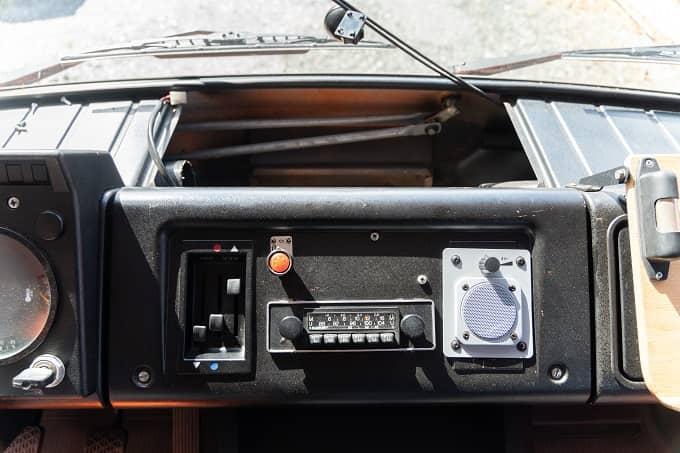 Mercedes-Benz-407-D-Heizung-Gebläsekasten-ausbauen